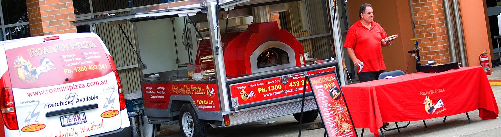 Mobile Pizza Catering Brisbane Roam'in Pizza